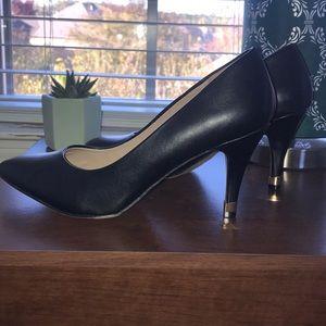 APT. 9 Black heels , the heels aren't that long